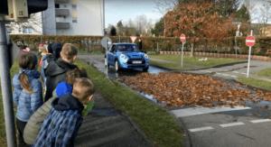 Blatteistraining für Kinder im Herbst